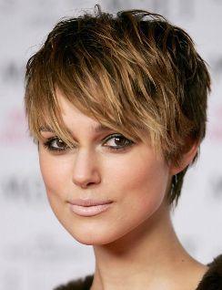 Les coiffures ultra courtes sont en ce moment ultra tendances. La ...