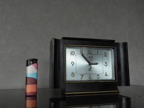 old-CLOCK-ALARM-jaz-Art-Deco-old-antique-bakelite-antique-chrome-VINTAGE