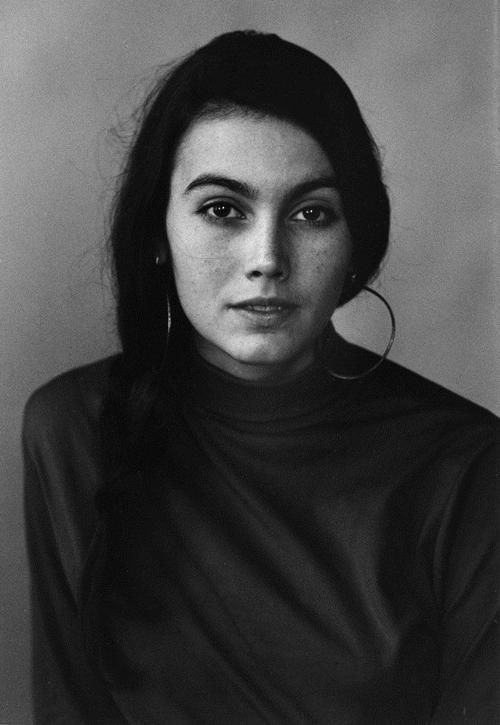 Emmylou Harris photographed by David Gahr, 1968   Check out the album Wrecking Ball....One of my favorite all time albums.....