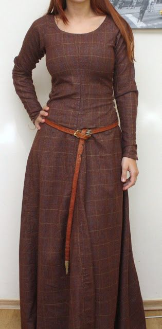 Love the brown, the subtle plaid and the belt!