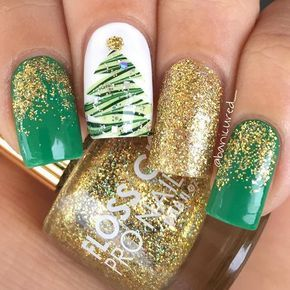 Green and Gold Christmas Tree Glitter Nail Art
