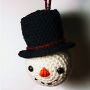 free snowman head ornament amigurumi pattern