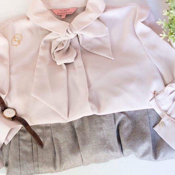 Tadaaaa Das Ist Mein Kleiderschrank Outfit Was Das Ist Erfahrt Ihr Auf Dem Blog Wie War Euer Montag Bisher Outfit Kleider Und Blog