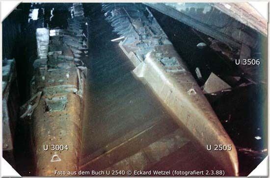 three u boats missing until 1985 found in the elbe u. Black Bedroom Furniture Sets. Home Design Ideas