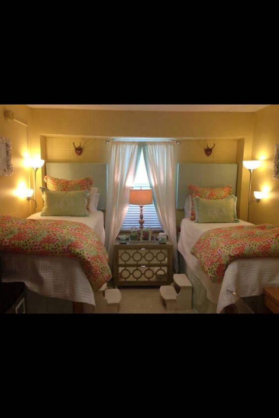 Dorm Room Headboards: College Dorm Rooms