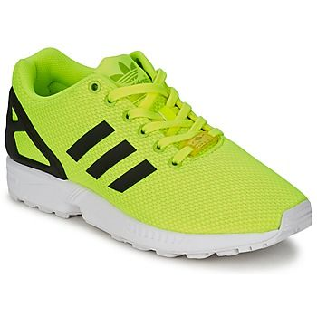 Eine futuristische Kreation von @adidas ist dieser knallige #sneaker. Bereits beim Ansehen bekommt man Lust auf #sport ;) #herrenschuhe #sportschuhe