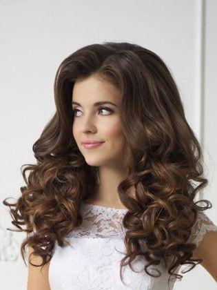 Frisuren Fur Lockenwickler Fur Kurzes Mittleres Und Langes Haar Kurz Haar Frisuren Haar Styling Lange Haare Frisuren Langhaar