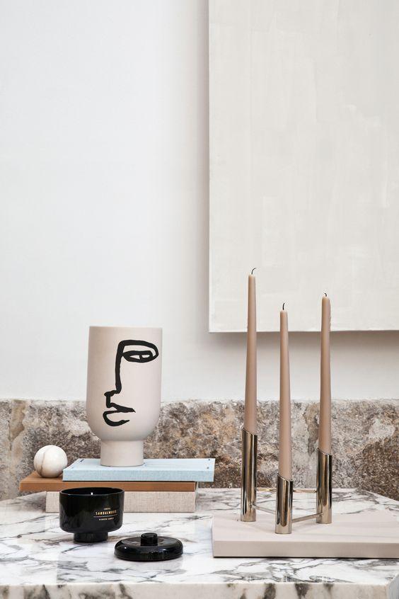 Une vase visage   GLAMOUR PARIS