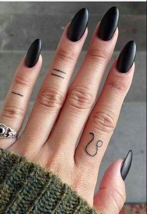 Leo Tattoo, beautiful hand