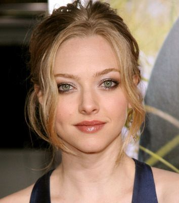the best amanda seyfried imdb ideas amanda  the 25 best amanda seyfried imdb ideas amanda seyfried movies list r tic love movies and r tic comedy movies