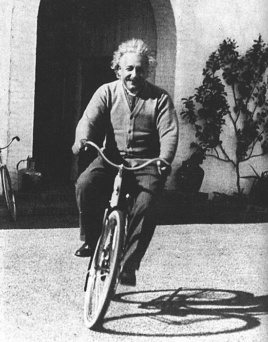 Albert Einstein on his bike. Riding vintage fixed gear before it was cool #RealHipster