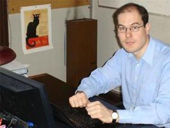 El físico de la facultad de Ciencias Exactas fue galardonado con el prestigioso premio Houssay que entrega el ministerio de Ciencia, Tecnología e Innovación Productiva de la Nación,destinado a investigadores menores de 45 años.  Contacto Uni