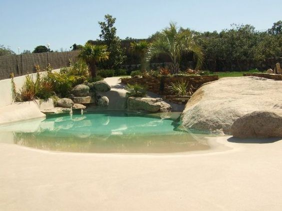 Piscina de arena piscinas de arena pinterest - Piscina tipo playa ...
