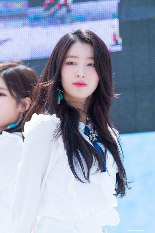 Hana Gugudan Attractive People Kpop Girls Beauty