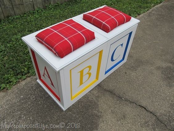 DIY toy box/bench seat made from repurposed cabinet doors! So ...