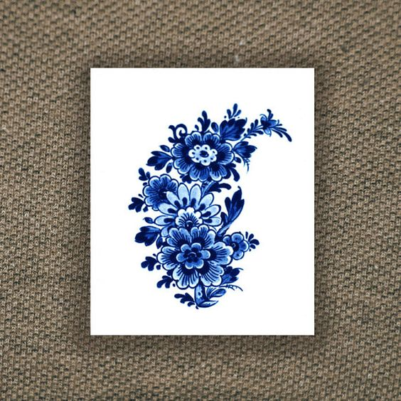 Large floral vintage Dutch 'Delfts Blauw' temporary by Tattoorary