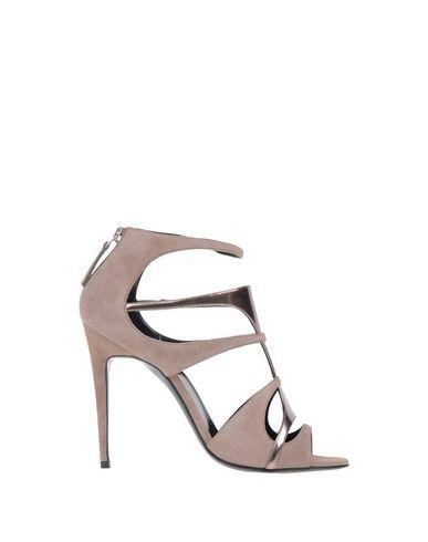 PIERRE HARDY Sandals. #pierrehardy #shoes #sandals