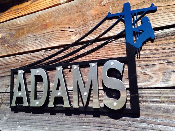 Show the world your Lineman pride! This piece will look great along the drive way, on the house or even hanging up at the office. This sign is