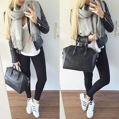 Hay veces que sólo tienes que ir a hacer un examen y lo único que quieres es comodidad. Este look es perfecto para la ocasión. La bufanda grande y la bolsa agregaran puntos extras al look.