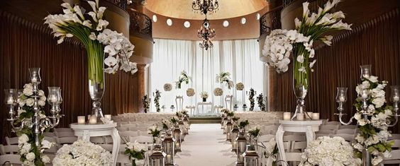 Indoor Ceremony : Chateau Polonez