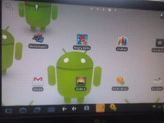 Queria uma forma de ligar meu tablet à um projetor VGA para dar minhas aulas no android. A solução foi este adaptador.A primeira vez que tentei comprar este adaptador eu me ferrei. A saída do meu tablet é mini-HDMI (como mostra a foto abaixo) e não micro-HDMI como eu acabei comprando. Vendi o outro adaptador no mercadolivre e comprei este da foto abaixo.Funcionou, mas não de primeira. Houve Leia mais [...]