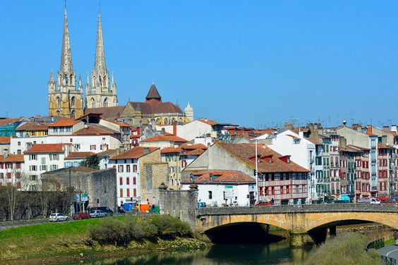 French Basque Country: Bayonne. Economic, trade and port capital of the Basque Country, Bayonne , surrounded by ramparts, houses the famous St. Mary's Cathedral, registered world heritage site by Unesco. Festive and greedy city, here pelota, Bayonne celebrations, singing and dancing, rugby and gastronomy vibrate the heart of Bayonne! © Yvann K - Fotolia.com
