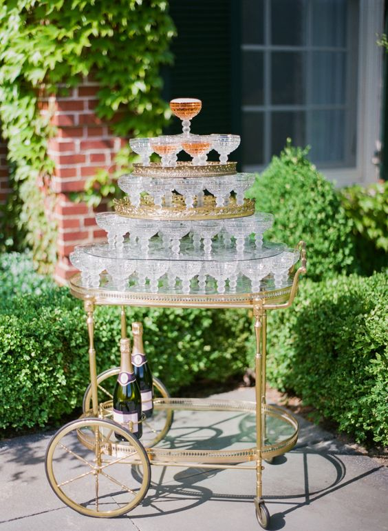 Serve cocktails at French wedding