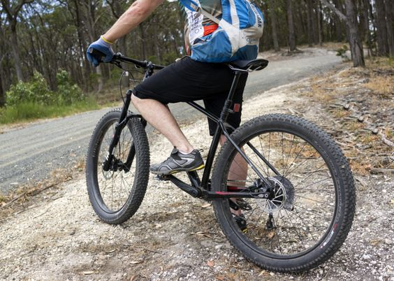 3 0 Quot Fatties Traction In Spades Specialized Fuse 27 5