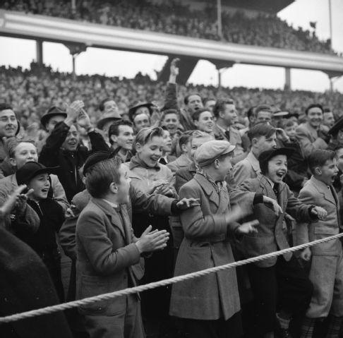 Fussball Schweiz - Belgien 2:2, Zürich 1953