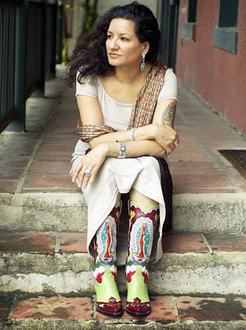 "Sandra Cisneros was born the 3rd child and only daughter in a family of 7 children. She has remarked that growing up, it felt as though she had ""seven fathers."" Growing up #Mexican and Feminist, she has said, was ""almost a contradiction in terms"" and that her culture told her if she stepped out of line, she was becoming ""anglicized"" and ""influenced and contaminated by these foreign influences and ideas."" She felt that she was ""always straddling two countries…but not belonging to either…"