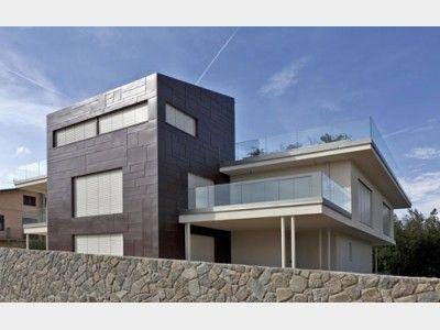 Riegelbau design einfamilienhaus von rubner haus ag for Design einfamilienhaus