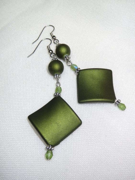 Long Earrings Fashion Earrings Green Earrings Light by Thielen
