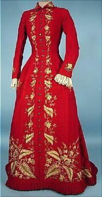 Ephemeral EleganceEmbroidered Wool Home Robe, ca. 1879