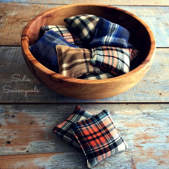 Grab some old flannel shirts from the thrift store and make these super simple reusable hand warmers! Perfect for fall and winter outdoor events.