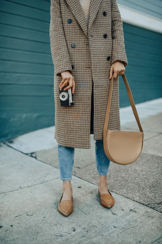 HM Plaid double breasted coat fall 2018 || Fall 2018 trends || Best Winter Coats 2018 || Simple Sophistication || Minimalist Fall Style || Beige Winter Coat