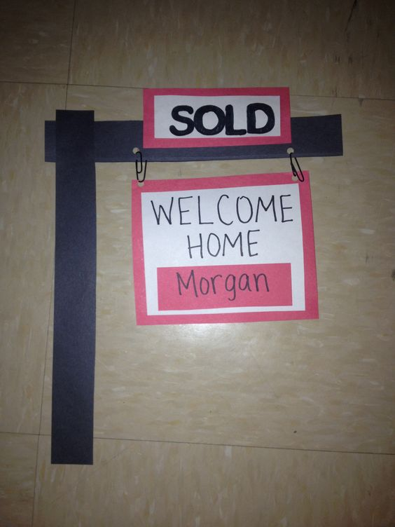 1000 ideas about ra door tags on pinterest door decs for Welcome home decorations ideas