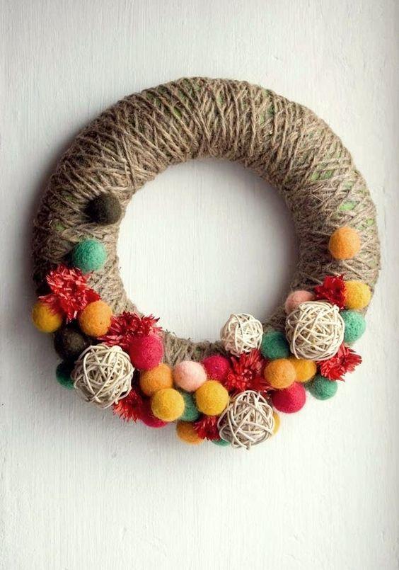 Corona colorata con feltro