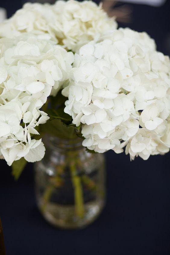 Hydrangea in mason jars for simple diy wedding