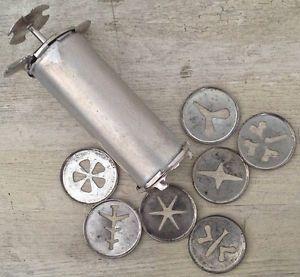 Accessoire de cuisine ancien en fer servant la d coration de g teaux vintage accessoires for Accessoire deco cuisine vintage