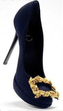 Roger Vivier - courtesan style shoes. Suitable for work with a nod to baroque. Sophie Power Board /  #riverislandbaroque