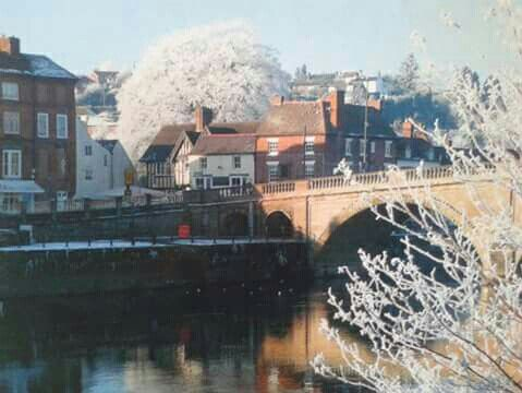 Bewdley on a cold frosty morning The White House in the background ♥