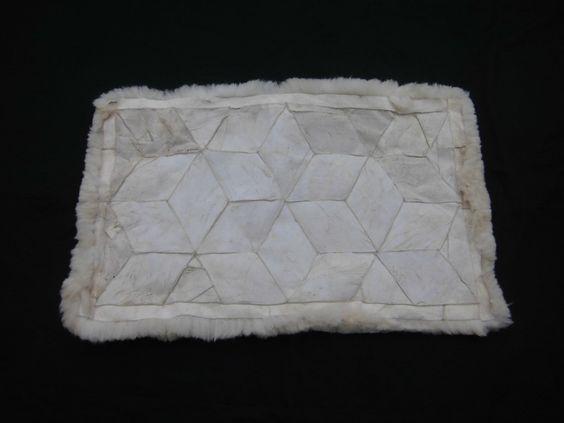 Original Peruanischer Alpaka Fellvorleger Rhombus Design (150 x 110 cm)