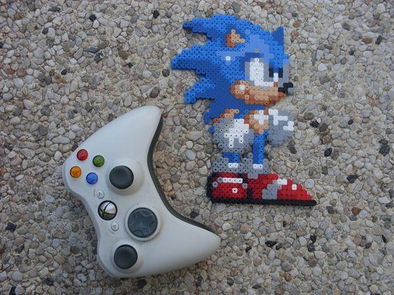 Sonic the Hedgehog 3 - Sonic - Perler Bead Sprite by BigBossFF.deviantart.com on @deviantART
