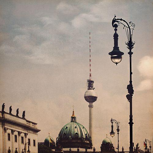 Laternen. Berlin