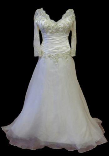 Ian Stuart boda del diseñador del vestido de Laurent