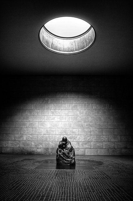 Pietà, Neue Wache//Berlin