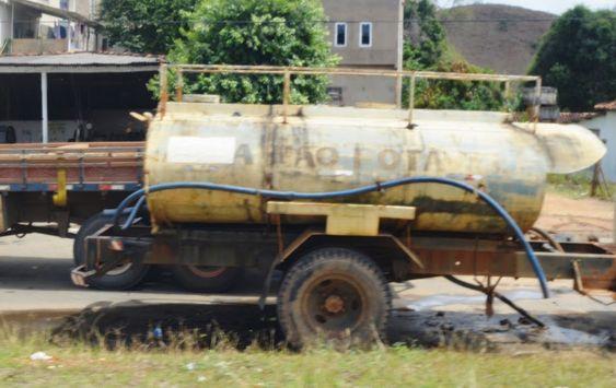 Tanque de água não potável
