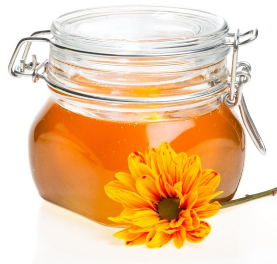 Easy way to scoop out hardened #honey (so you can keep it #raw & why it matters!)