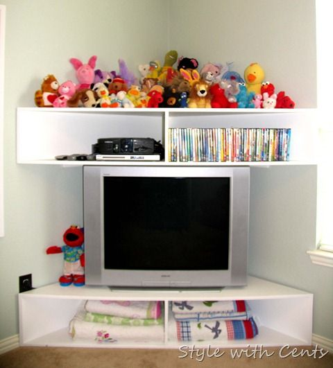 style with cents: Creating an Inexpensive Playroom