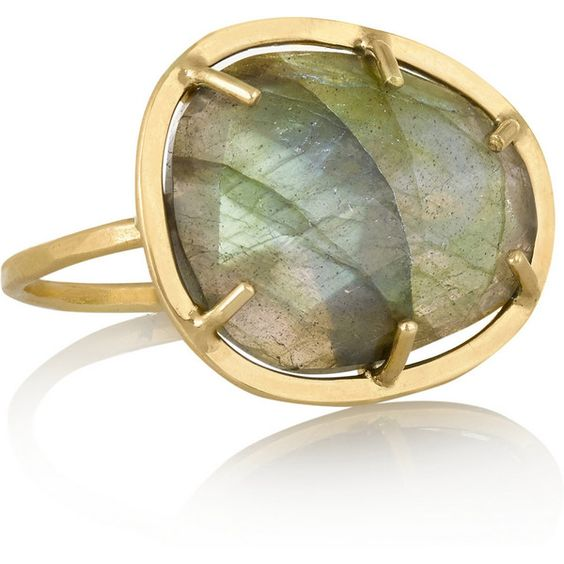 Melissa Joy Manning 14-karat gold labradorite ring ($885) ❤ liked on Polyvore featuring jewelry, rings, 14k ring, iridescent jewelry, engagement rings, melissa joy manning jewelry and pandora jewelry